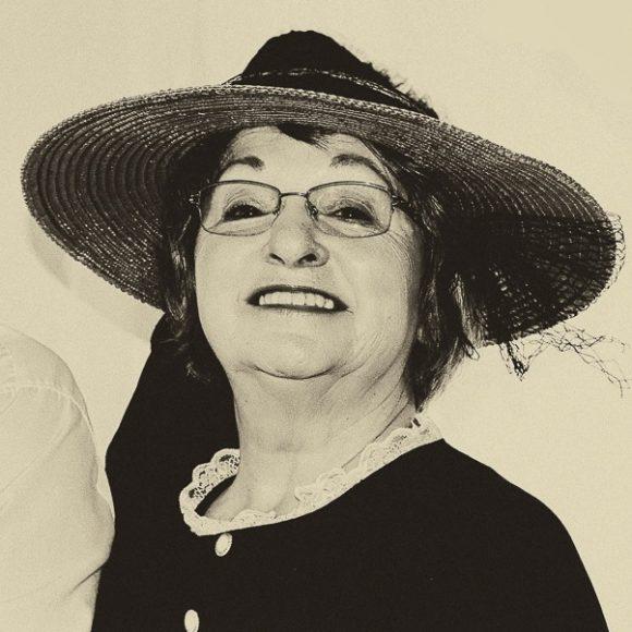Élaine Simard